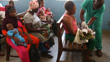 mothers and babies in health centre